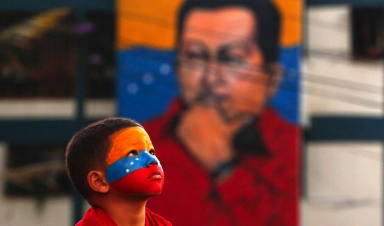 """ΒΕΝΕΖΟΥΕΛΑ: Το εν εξελίξει πραξικόπημα """"από τα κάτω"""" στη Βενεζουέλα"""