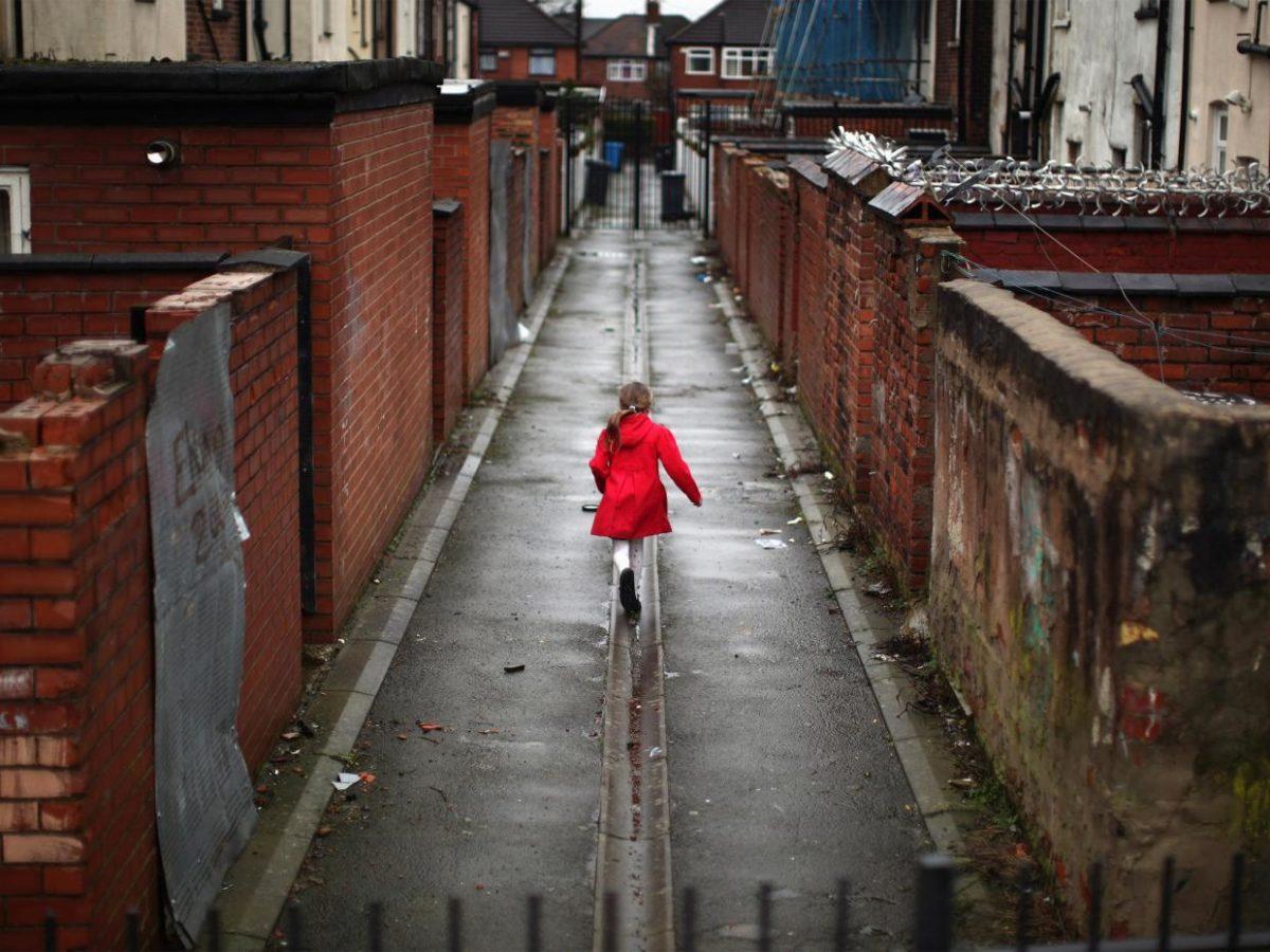 Ανάπτυξη για τους λίγους, ανέχεια για τους πολλούς: Υποσιτισμός σε Αγγλία και Ελλάδα