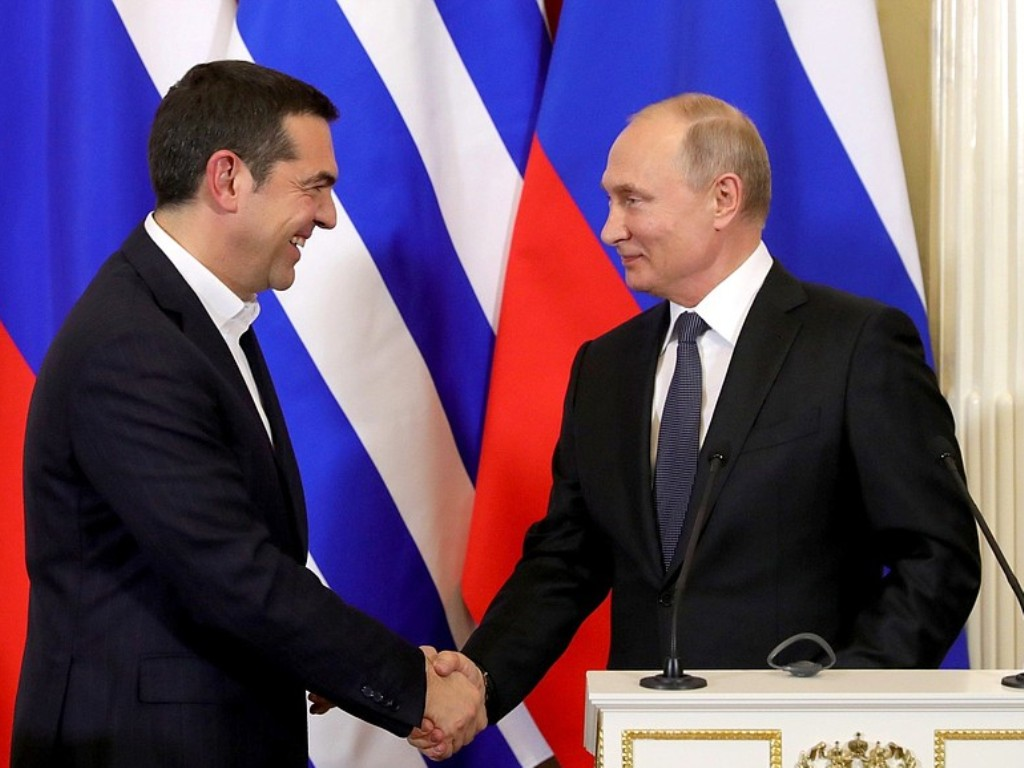 Η Ρωσία του Πούτιν δεν υποστηρίζει λαϊκά κινήματα αλλά πολιτικούς απατεώνες (αρκεί να έχουν την εξουσία!)